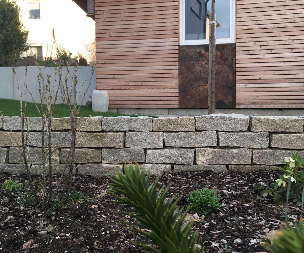 Trockenmauer   Naturstein Granit