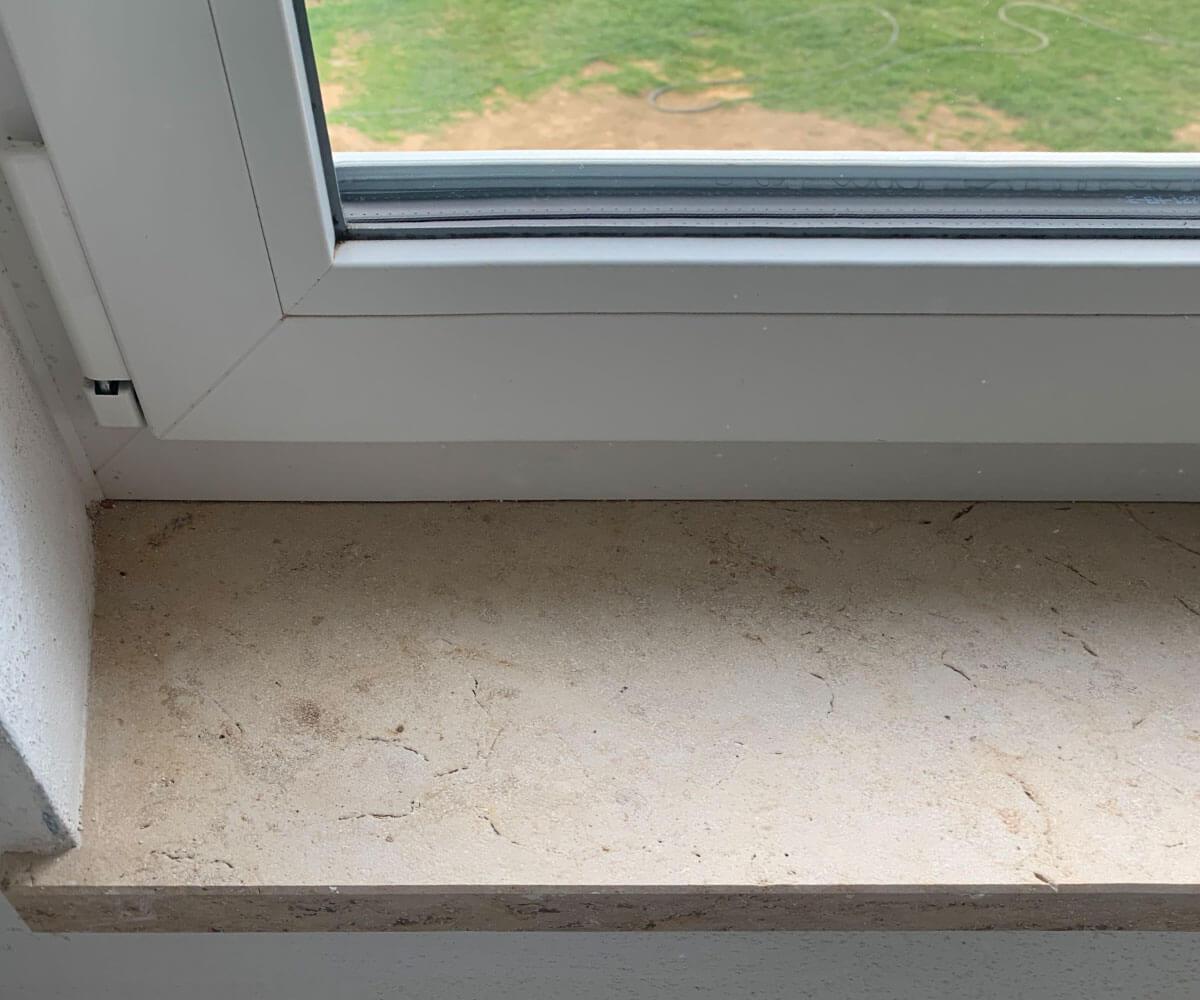 Fensterbank aus dem Naturstein Jura Gelb